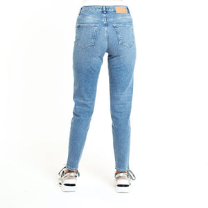 LEAH-DENIM-MOM-JEANS-SF4