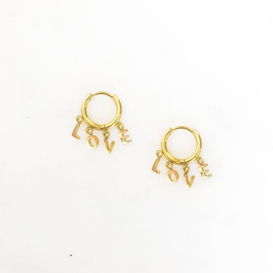 LIEZA-GOLDEN-EARRINGS-GOUD-LOVE-PF1