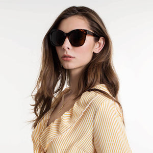 OLIVIA-WILD-BROWN-SUNGLASSES-SF2