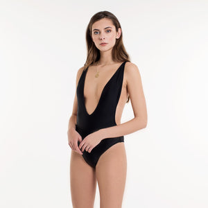 CLAIRE-BLACK-SWIMSUIT-SF1