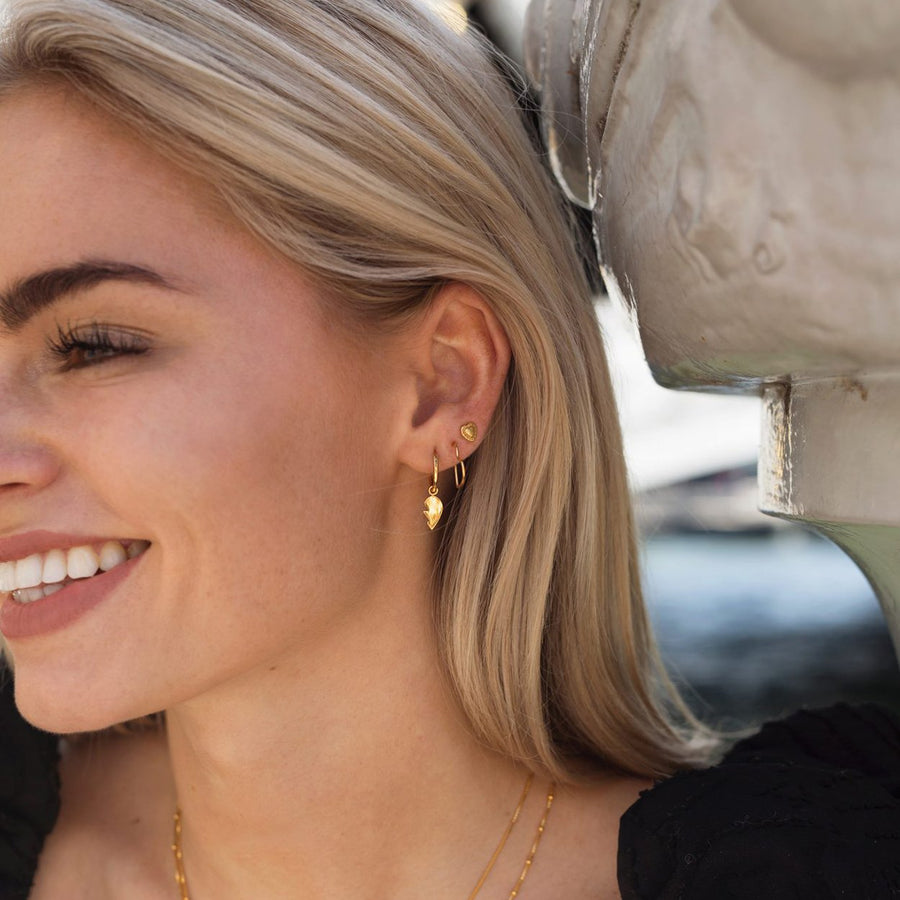 EAR-DETAILED-HEART-GOLD-EARRINGS-PF