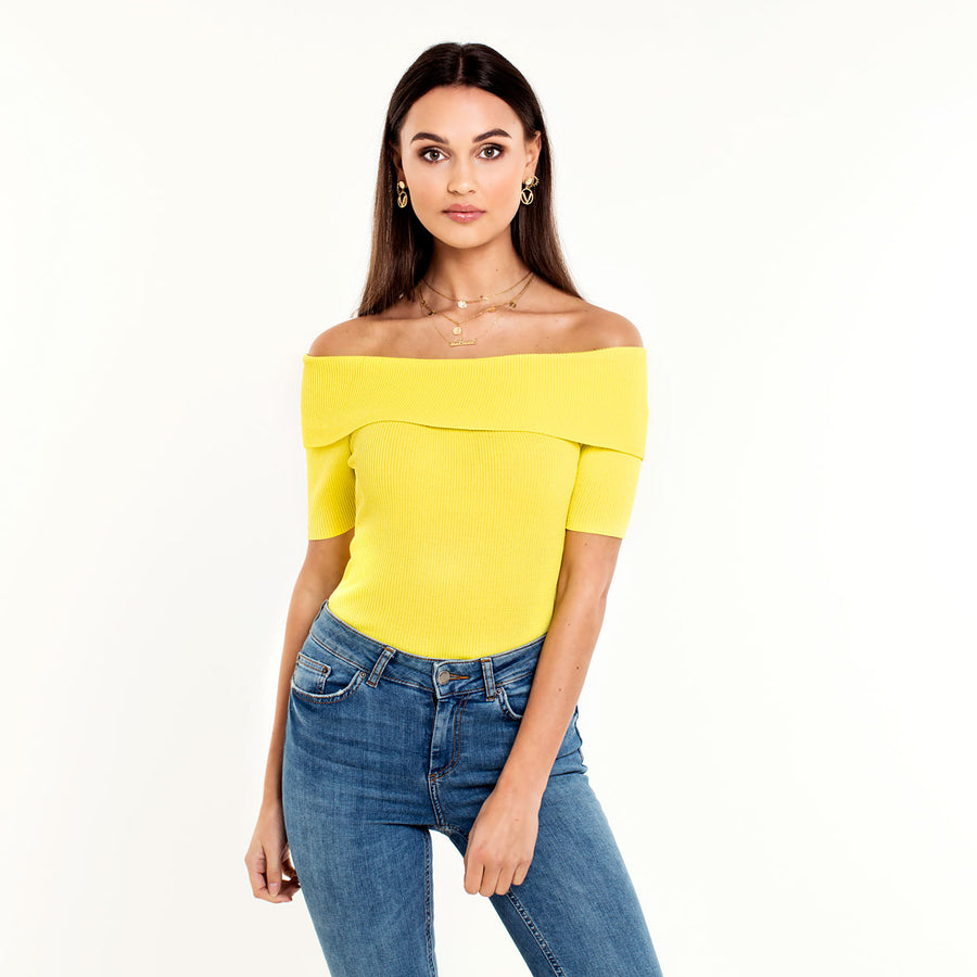 IV-SARINA-YELLOW-TOP-PF
