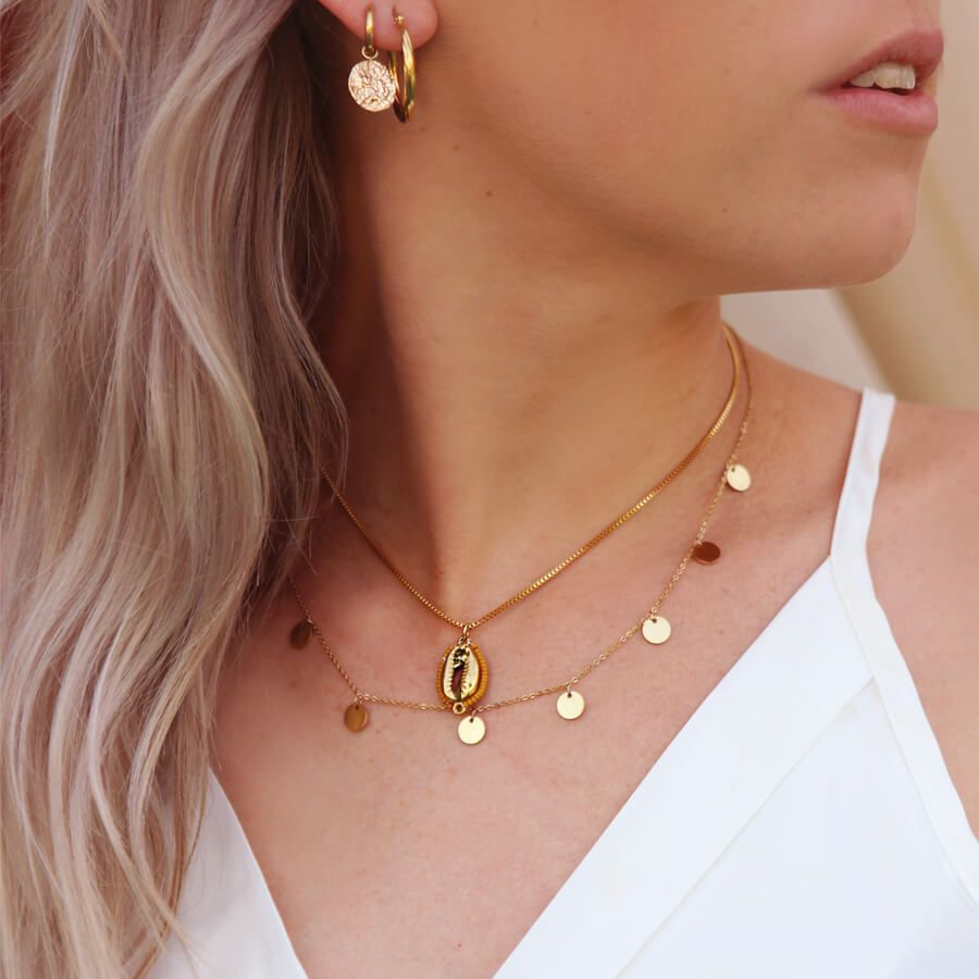 MJ-ELYNN-GOLDEN-NECKLACE-PF1