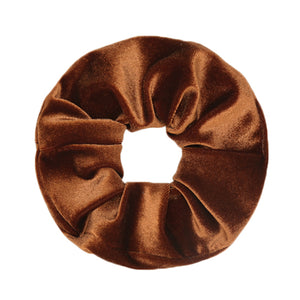 MAYA-BROWN-SCRUNCHIE-PF1