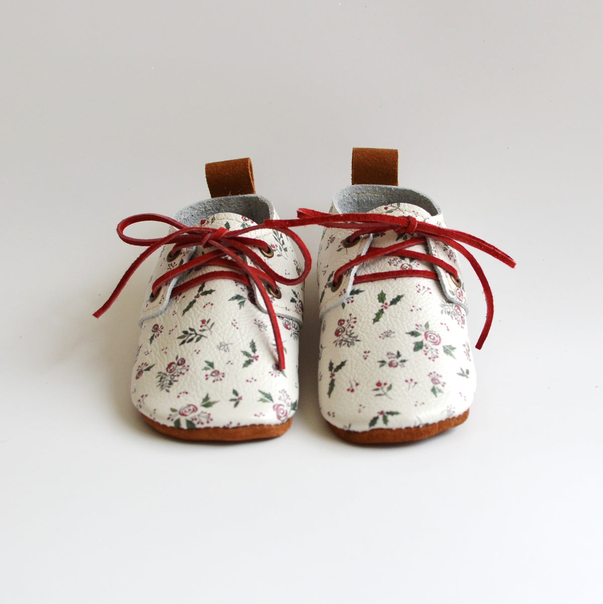 RTS- Dainty Holiday Floral Oxford- size 5