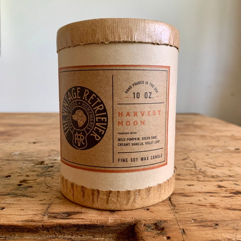 Vintage Retriever 10 oz. Harvest Moon Candle