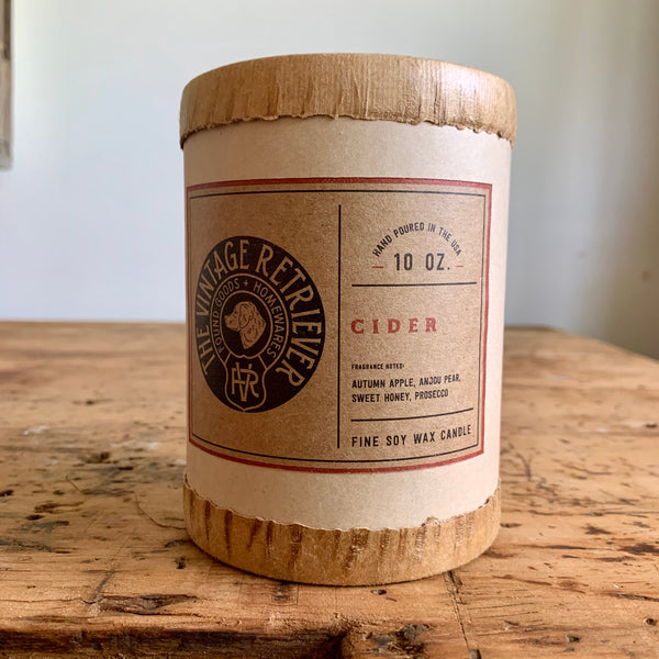 Vintage Retriever 10 oz. Cider Candle