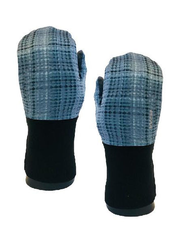Arctic Polar Plaid Fleece Mitten