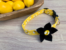 Bumble Bee Dog Collar