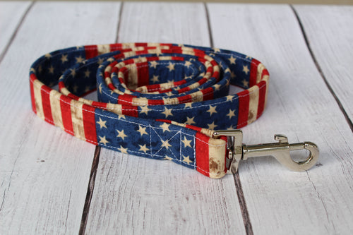 Rugged Flag Dog Leash