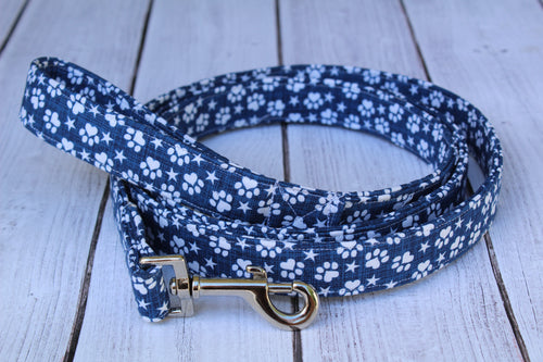 Blue and White Paws Dog Leash