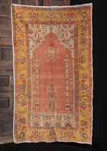 Turkish Sivas Prayer Rug - 3'9 x 6'5