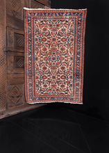 Malayer rug handwoven first quarter of 20th century in Western Iran. Classic herati design in blues and pinks on ivory ground. Main border is stars and leaves design.