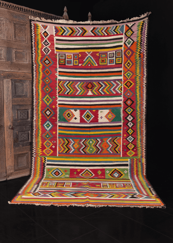 mutlicolor geometric patterned vintage tunisian kilim