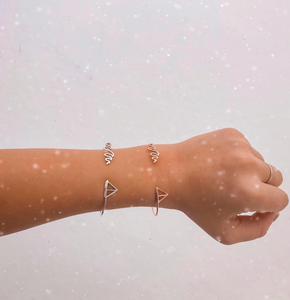 Travel Themed Jewelry Is The PERFECT Gift
