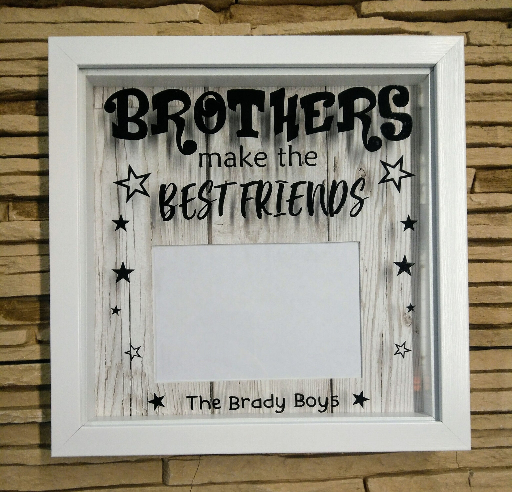 Brothers Frame – Life-in-Frames