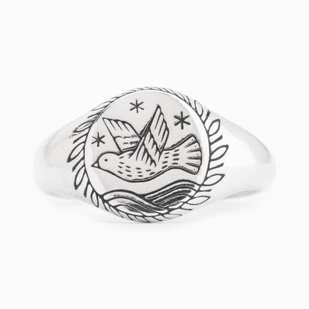 Digby and Iona - Bee Wreath Signet Ring
