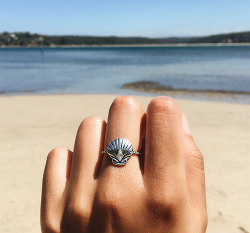 Little Scallop Ring - Yarah Store