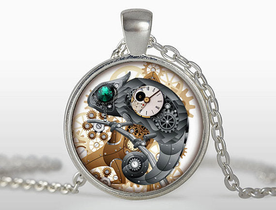 Steampunk Cock Pendant Chameleon Necklace - Top Brook
