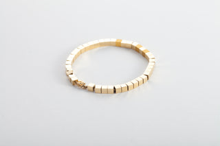 18k Gold Bracelet with Revolving Squares (+3 24k Gold Squares included)