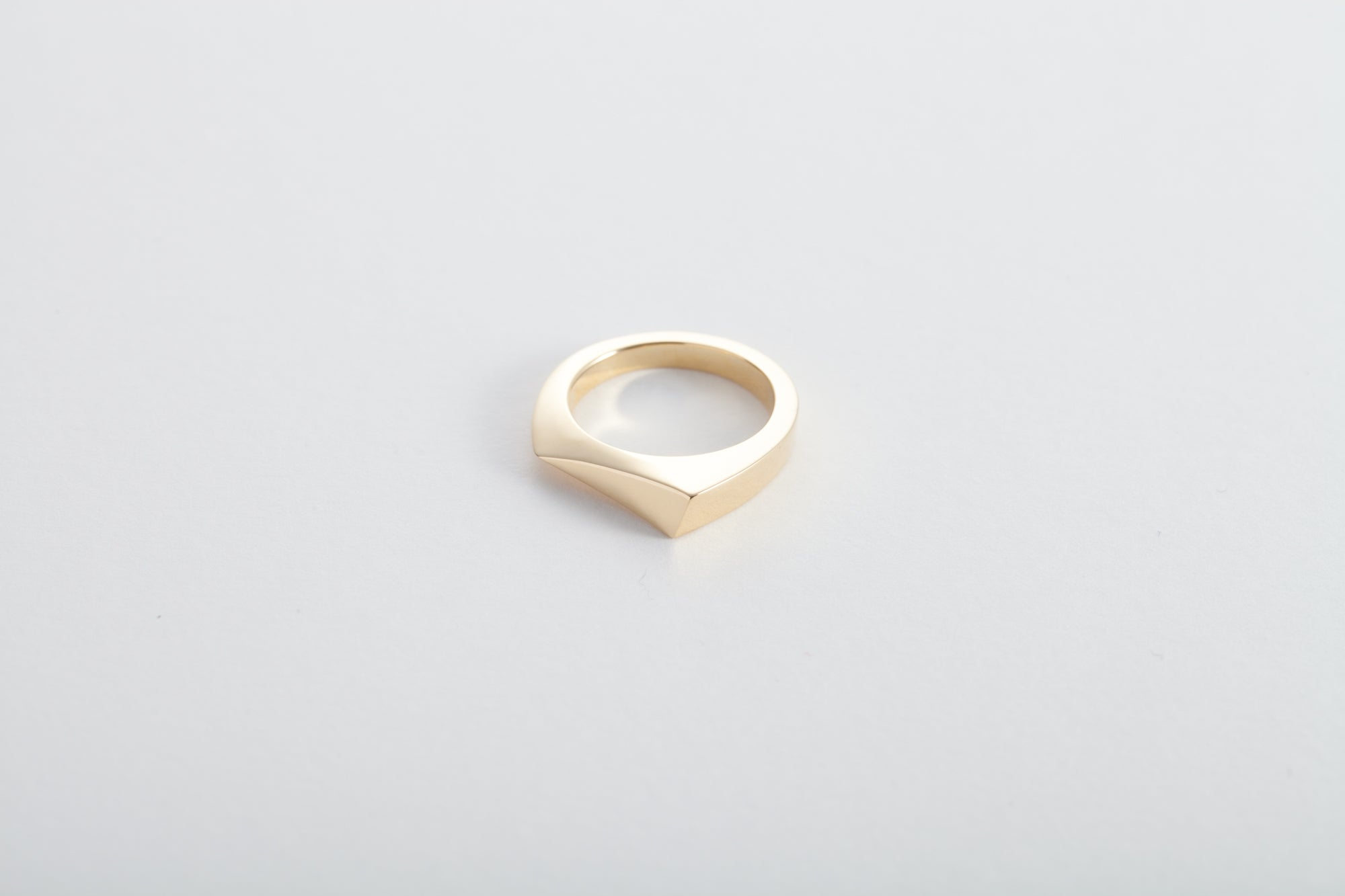 18k Gold Abstract Triangle Ring