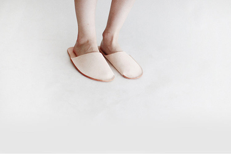 Tanned Vegetable Leather Retro Slippers