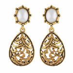 Load image into Gallery viewer, Gold colour Drop shape Pearl Earring
