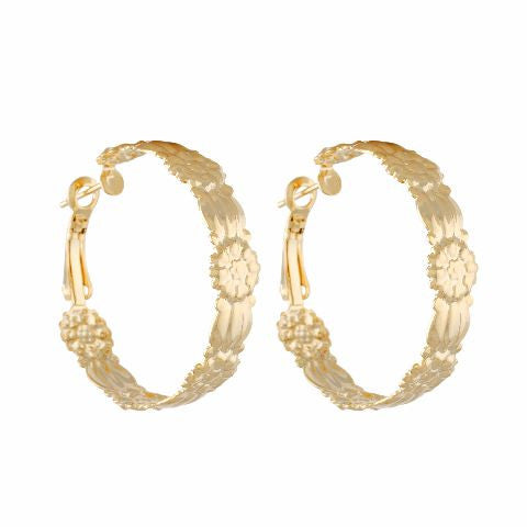 Gold colour Round shape smart carving Earring