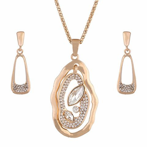 Gold colour Traditional design Pendant Set