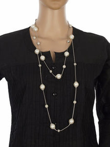 White and Silver colour Western design Necklace