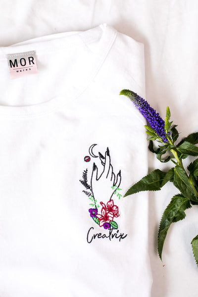 Creatrix embroidered organic white t-shirt