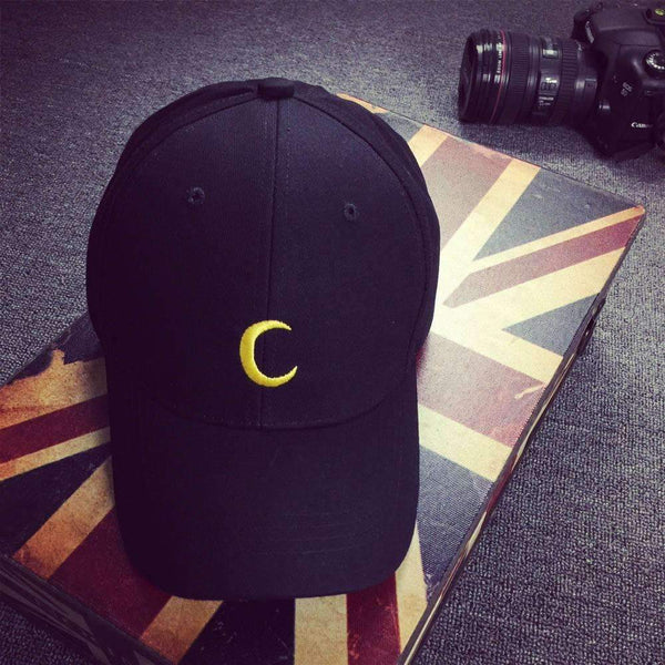 Crescent Moon Fitted hat - FluxClothings