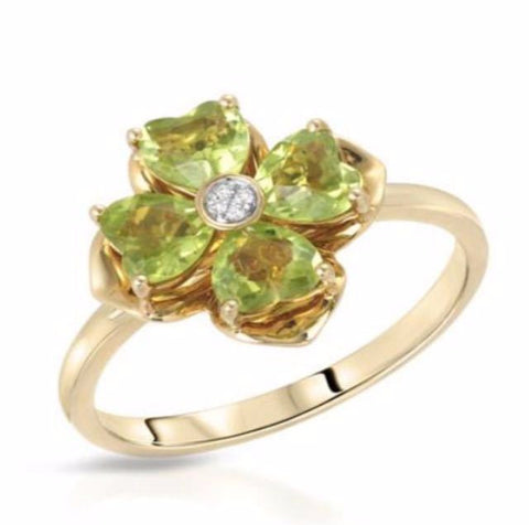 Green Beryl Gemstones with Diamond Centre on Yellow Gold Ring