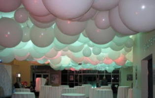 Jumbo Light Up Floating Balloons - Balloon Express