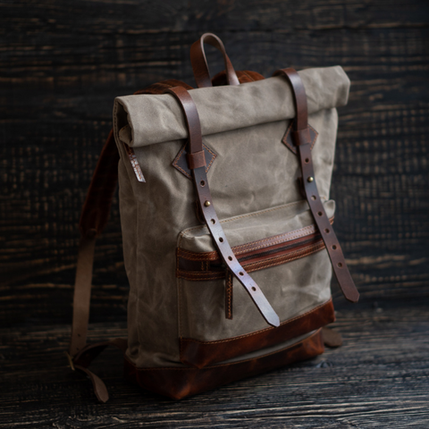 Adventure Roll top Backpack (Faded Olive)