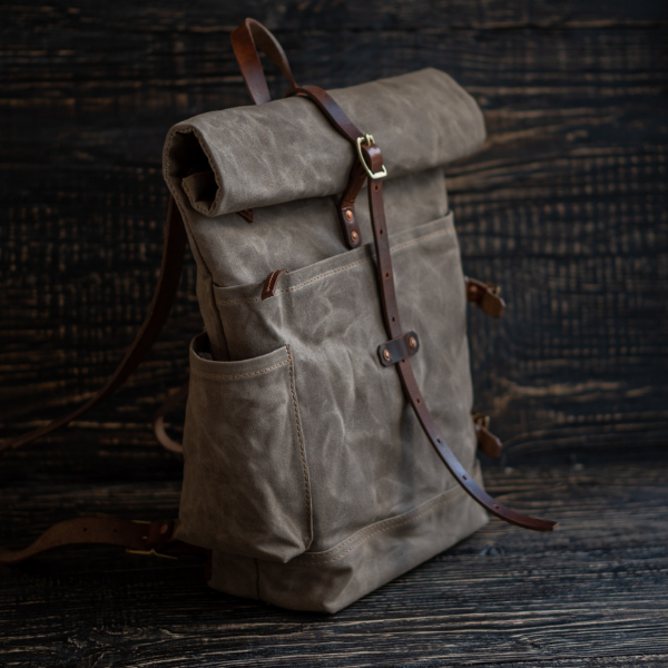 Mountain Pack (Faded Olive)