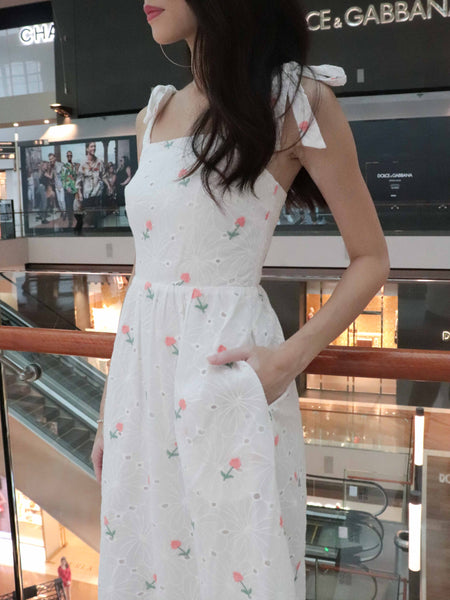 Lucinda Embriodery Floral Eyelet dress