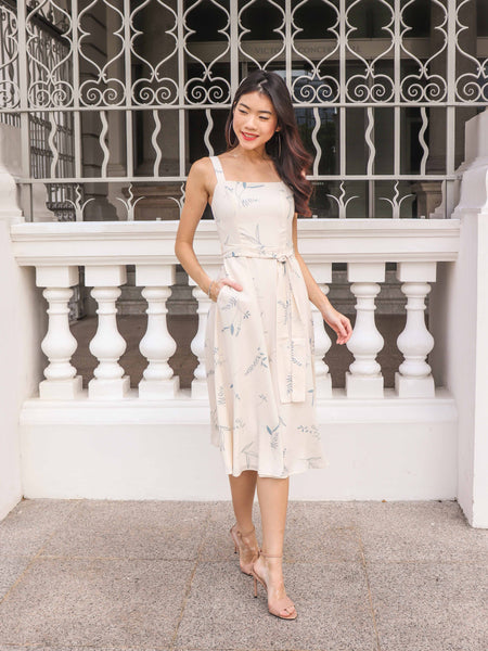 Cora Floral dress in Cream