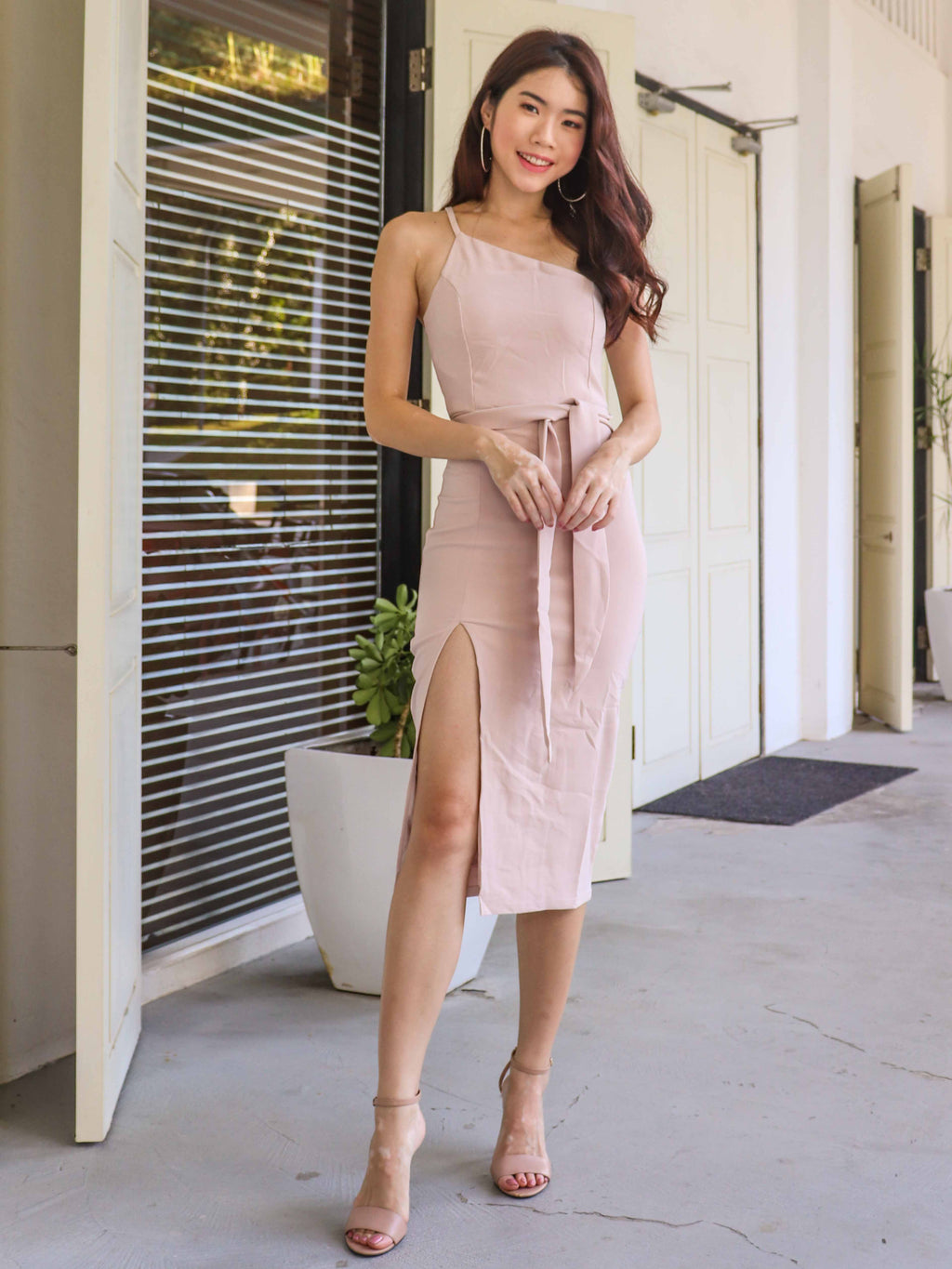 Felly Padded Slit Dress in Nude