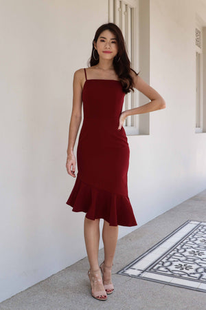 *RESTOCKED* Patty Mermaid Padded Dress in Maroon