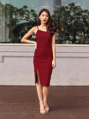 Felly Padded Slit Dress V2 in Maroon