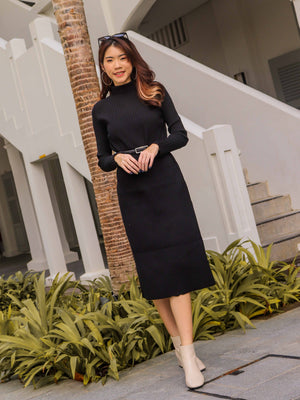 *EXCLUSIVE* Kiki Turtle Neck Knit Dress in Black