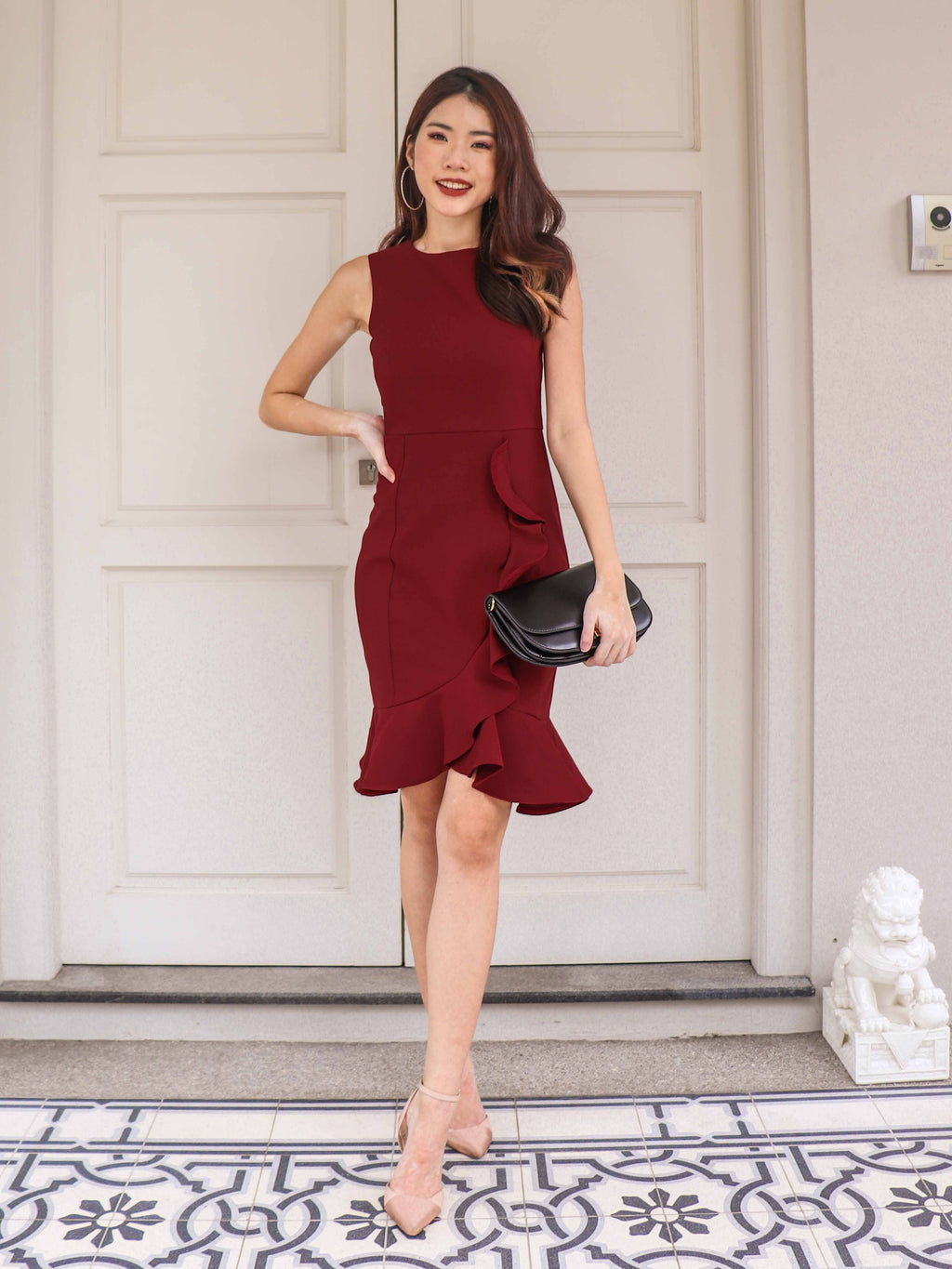 Madeline Ruffle Hem Dress In Maroon