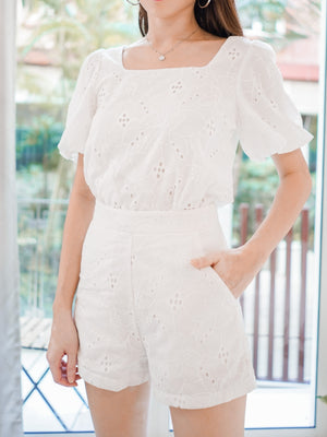 Beka Eyelet Set in White