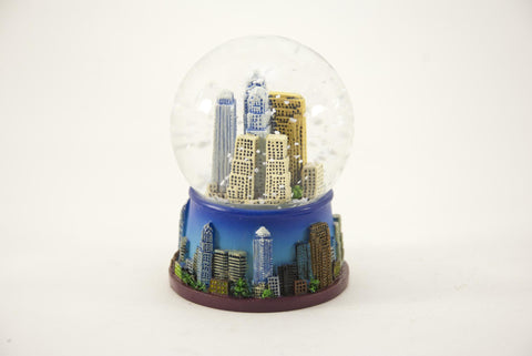 Philadelphia Colored Skyline Snow Globe 45mm