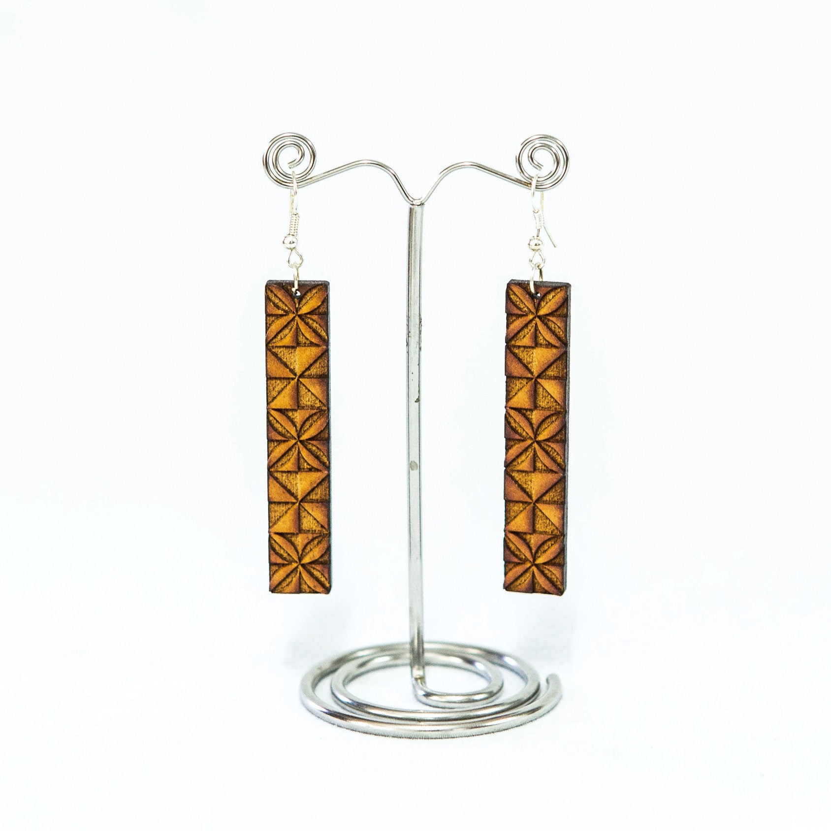 "Wooden Upeti Earrings ""Pe'ape'a"""