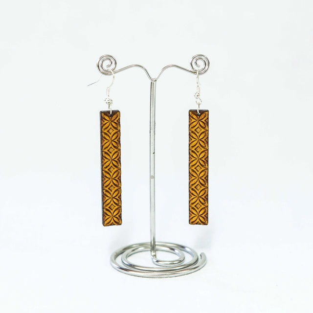 "Wooden Upeti Earrings ""Tapa"""