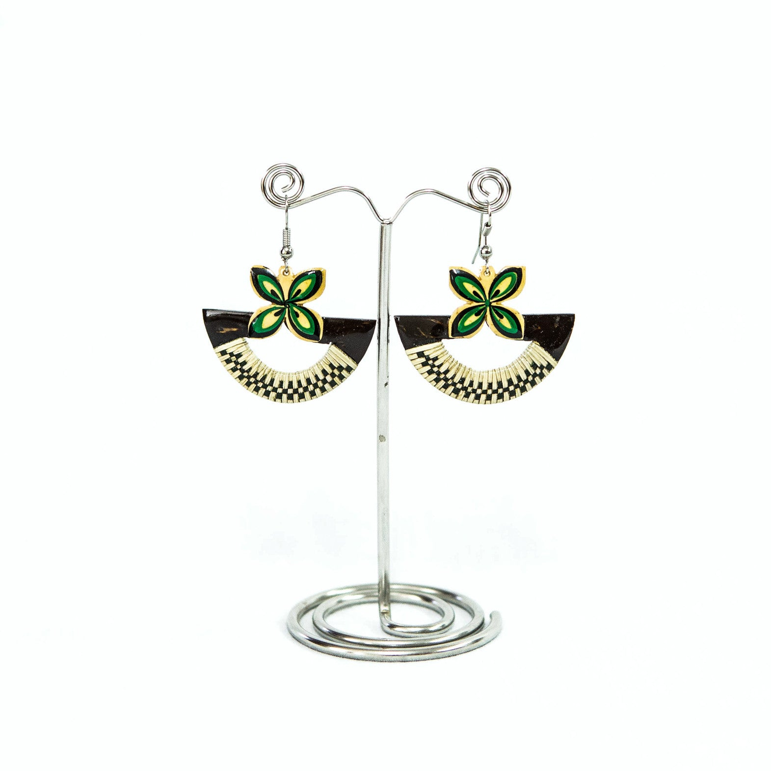 "Coconut Earring ""Half Circle Tapa"""