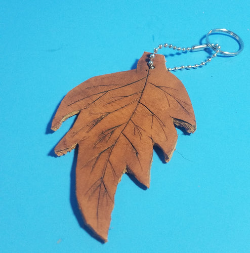 Large leaf keychain