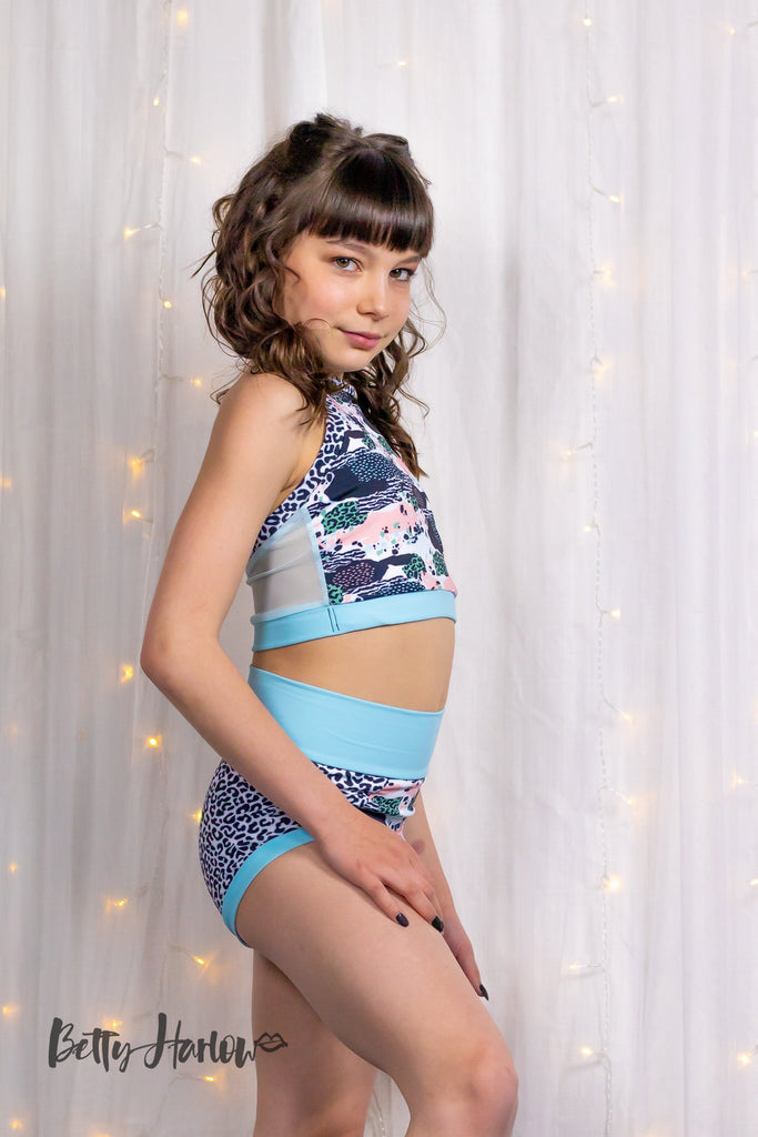 Snow Leopard Set Betty Harlow